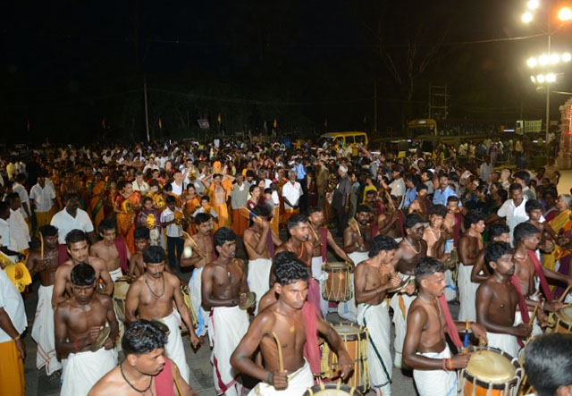 Various artistes perform in the Anniversary procession