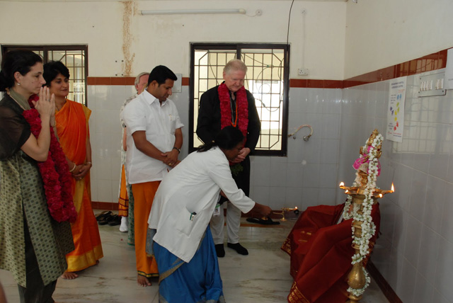 Dr. Tanakki perform the puja to start the inauguration ceremony