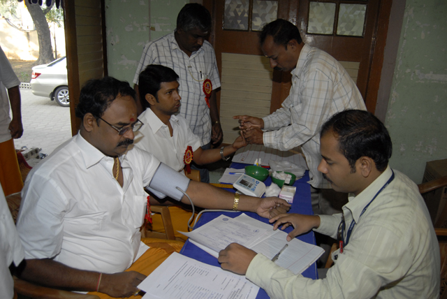 Doctors check Blood Donation Volunteers before they donate blood