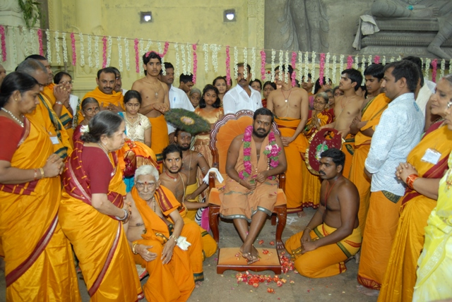 Beloved Amma meets with devotees