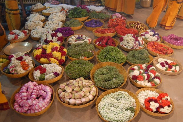 Garland offerings for the Yagam