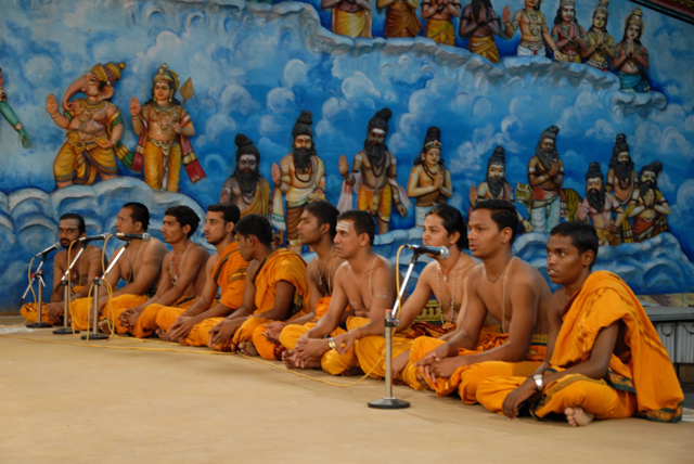 The priests chant the vedas