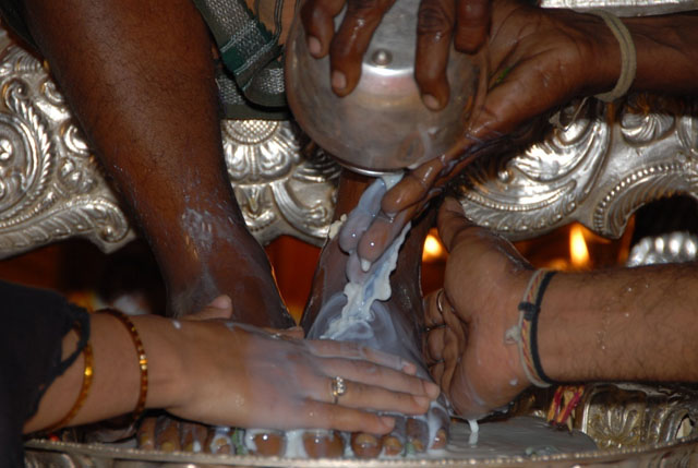 Paada Puja being performed on Sri Sakthi Amma